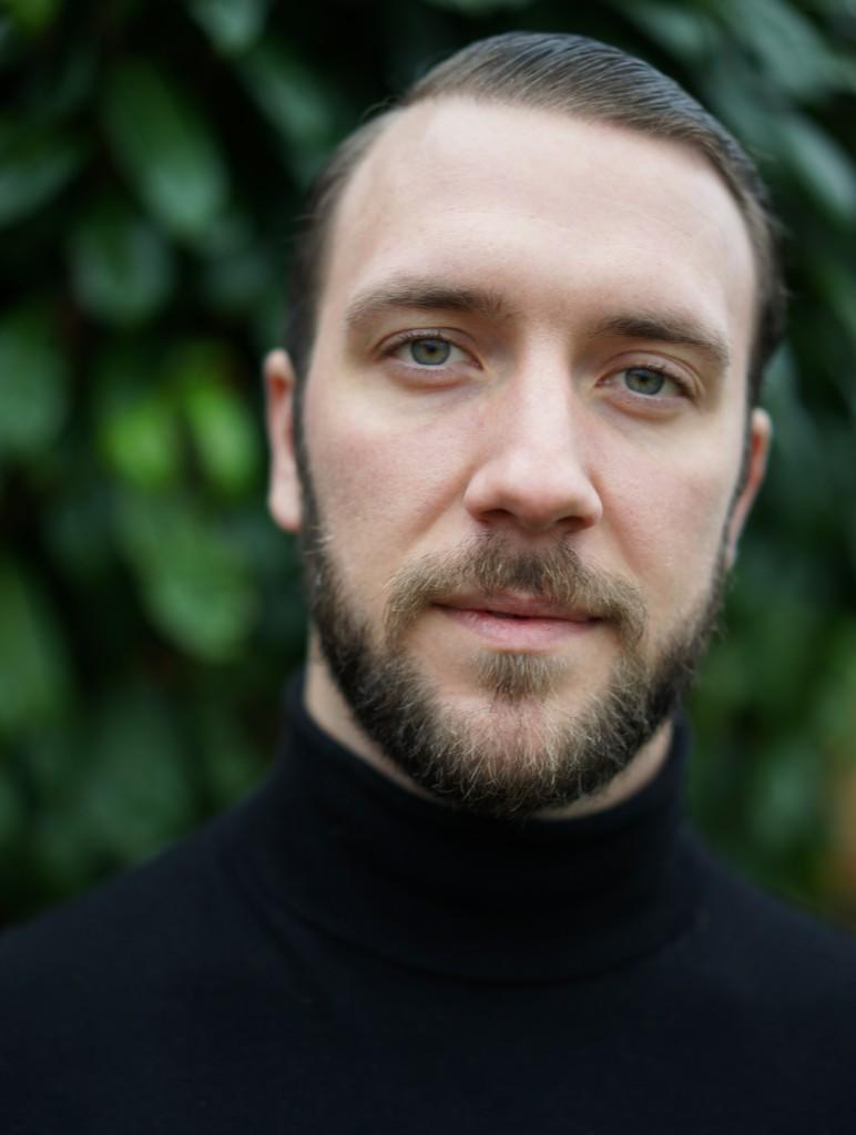 Gareth Viader-Lloyd Headshot